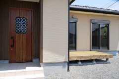A様邸玄関-min